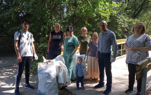 В рамках Общероссийской акции «Вода России-2019» сотрудники филиала ЦЛАТИ по Кабардино-Балкарской Республике приняли участие в субботнике по очистке берегов реки Нальчик